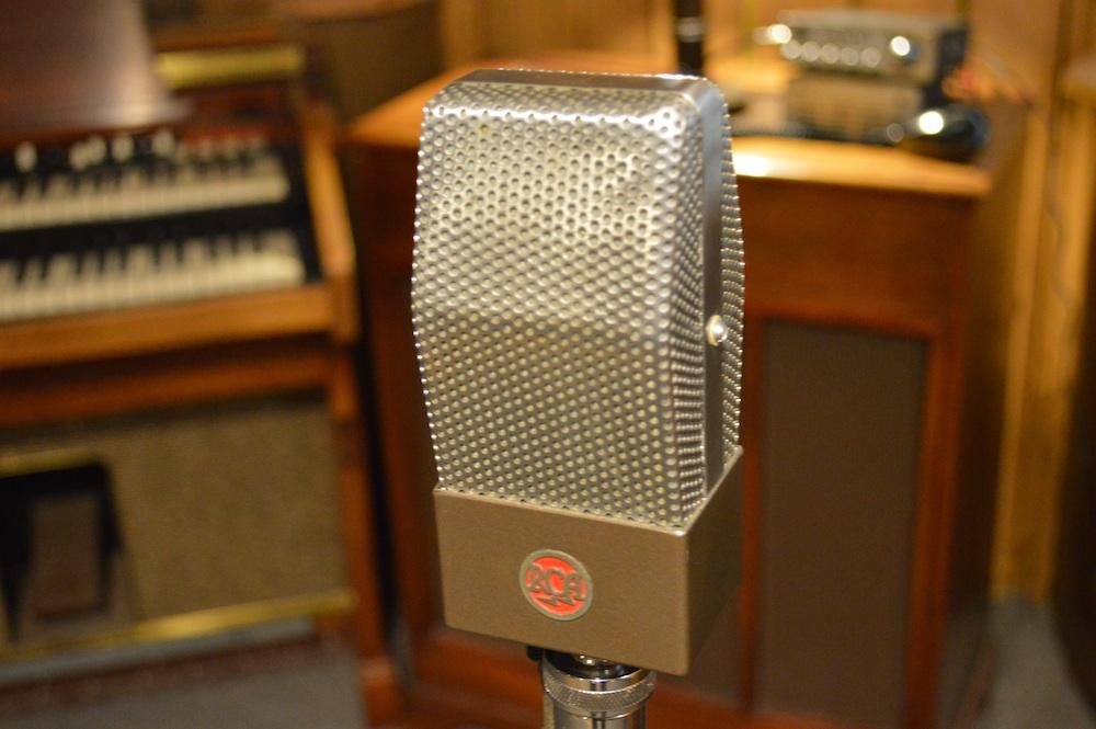 RCA 74B